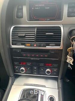 Audi Q7 3.0 tdi quattro s line DVD player
