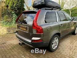 Volvo XC90 2.4 D5 SE Lux Auto AWD Part Service history DvD Players in rear